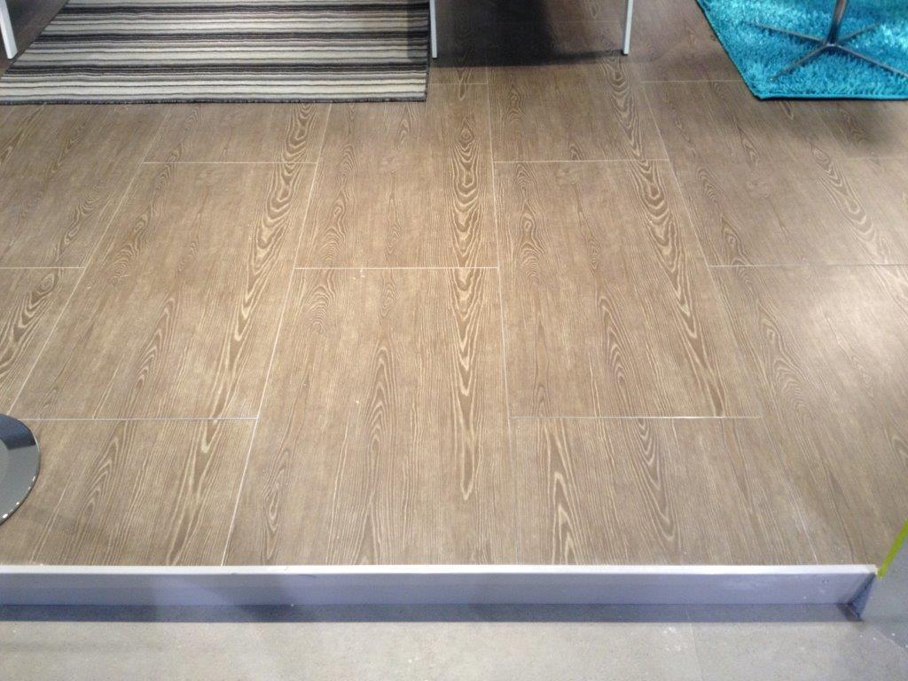 Nesite e contract design network a saloneufficio 2013 nesite for Gres porcellanato effetto legno leroy merlin