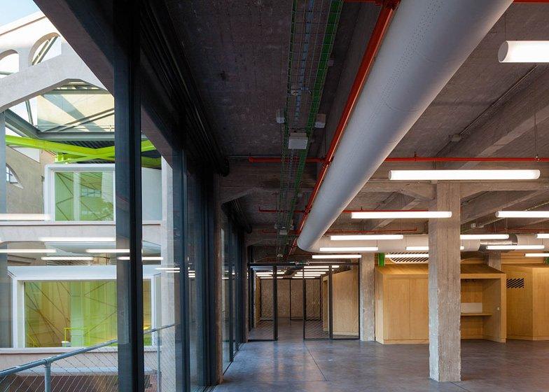 langarita–navarro arquitectos . Centro Medialab Prado . Madrid 6 Medialab Prado: una riqualificazione che si ispira alla creatività