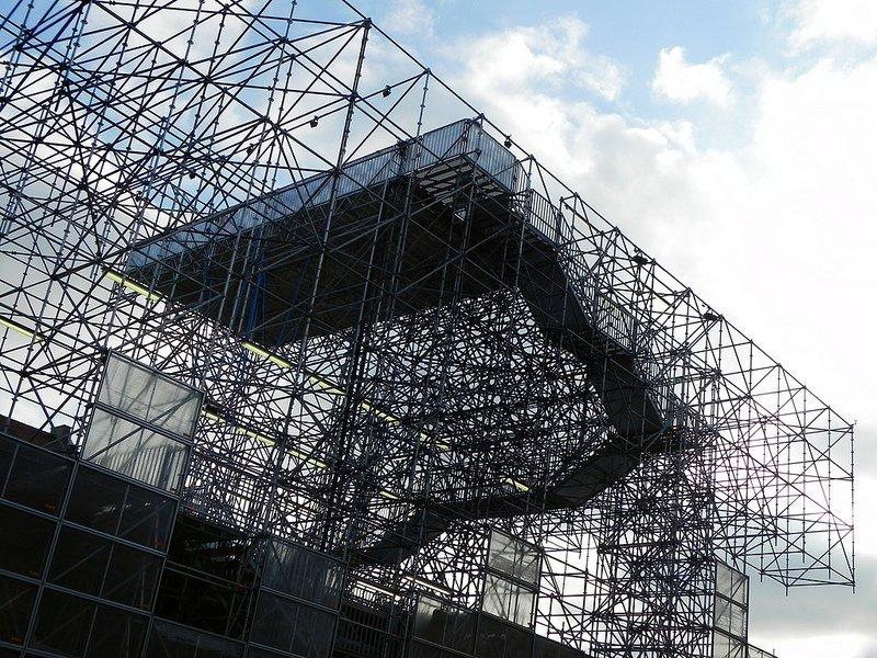 3 La Pinakothek der Moderne di Monaco riapre con Schaustelle