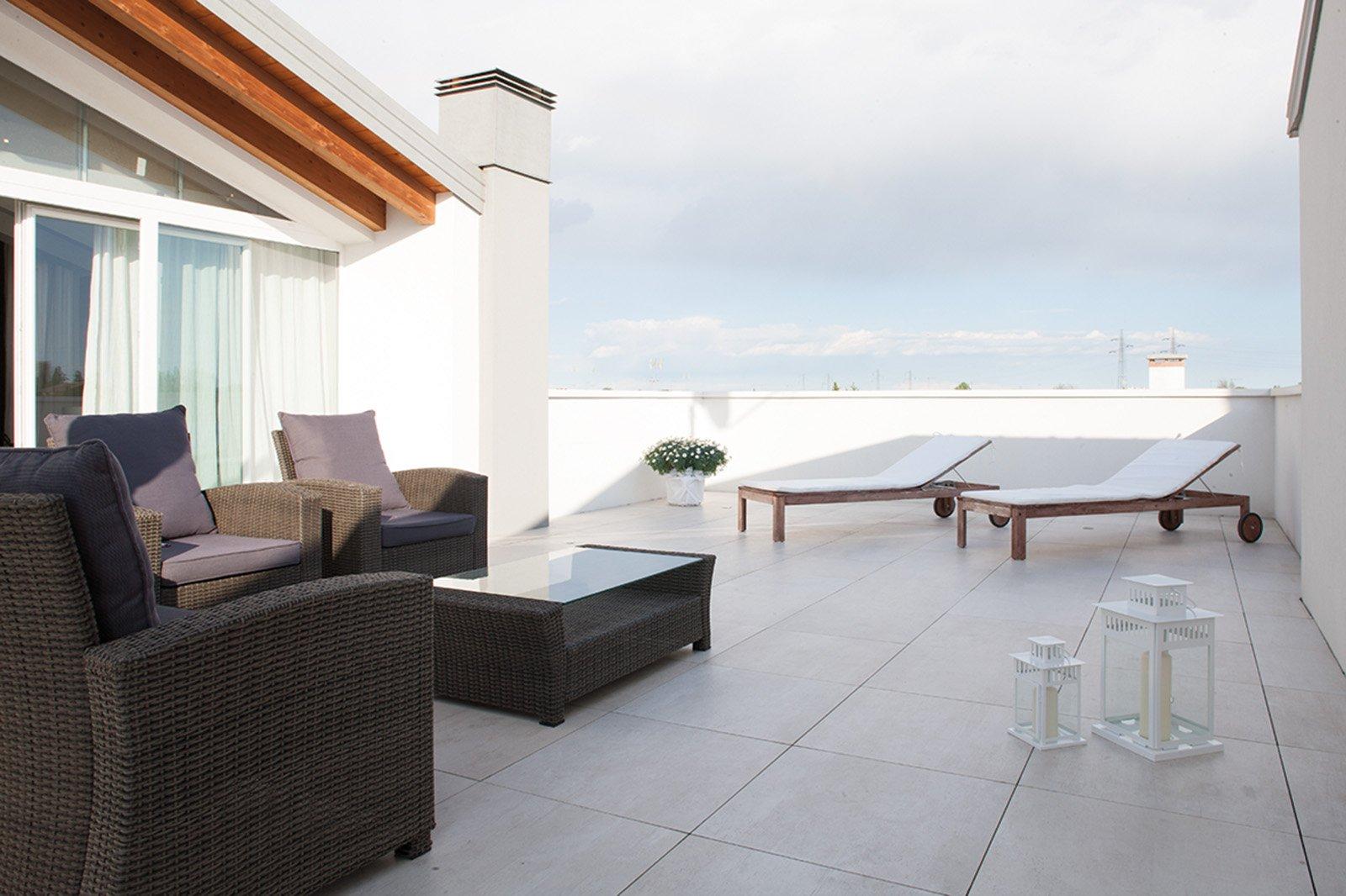 Twin floor nesite il miglior pavimento sopraelevato da - Pavimentare terrazzo esterno ...