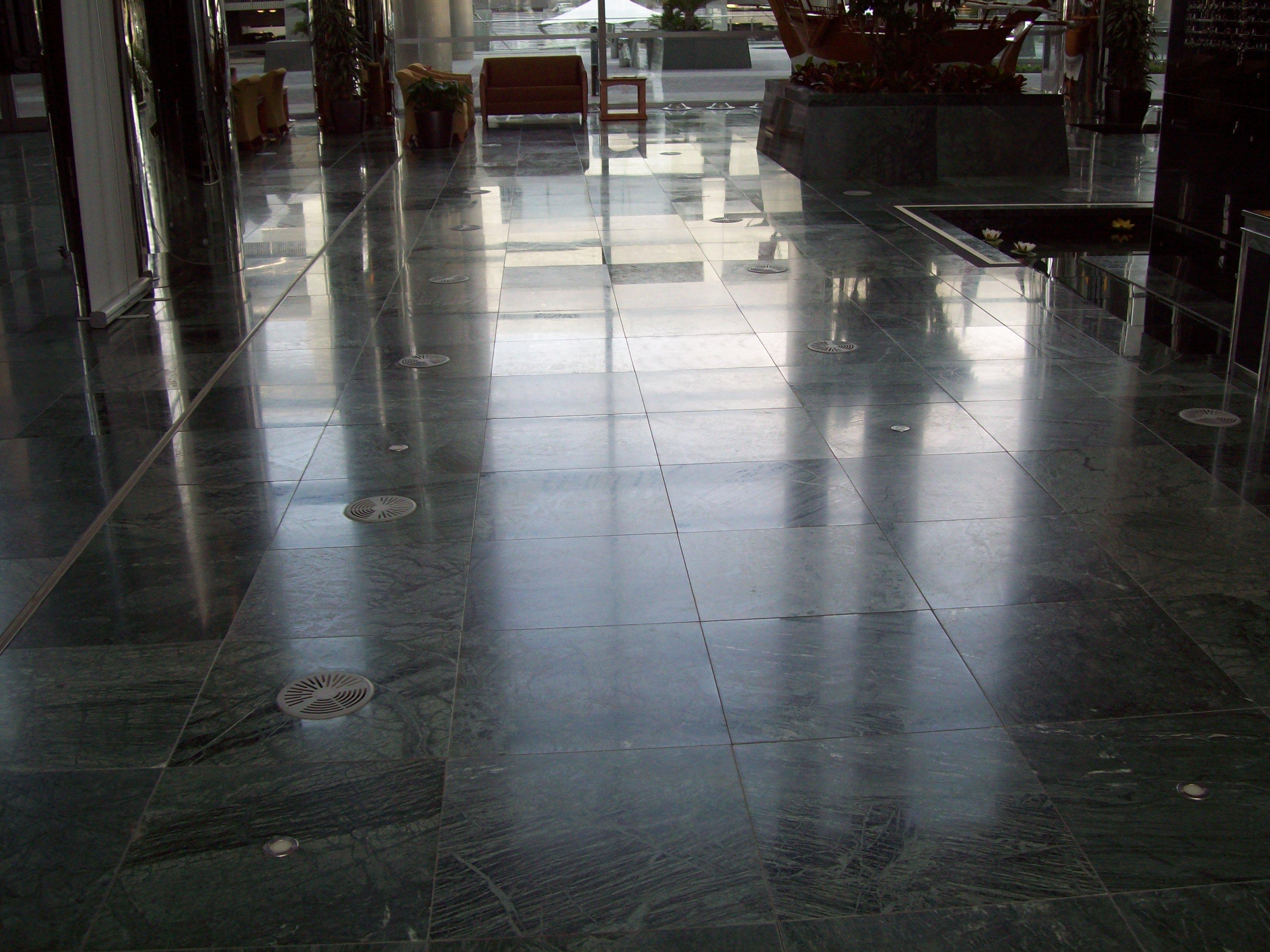 SAB MARMO 005 State Audit Bureau: pavimenti sopraelevati Nesite anche in Kuwait