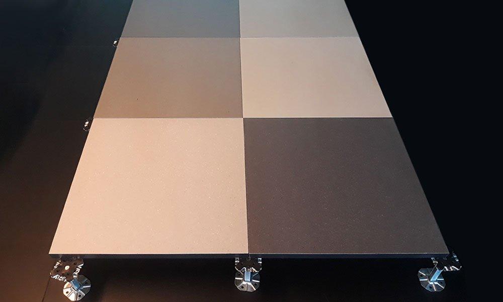 Pavimento sopraelevato in resina Nesite 4.0: il pavimento sopraelevato personalizzabile in resina