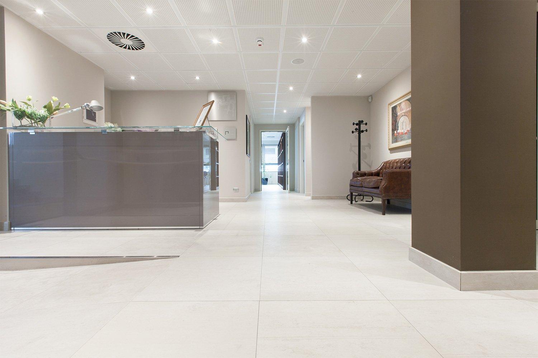 Pavimento in gres porcellanato effetto legno - Nesite