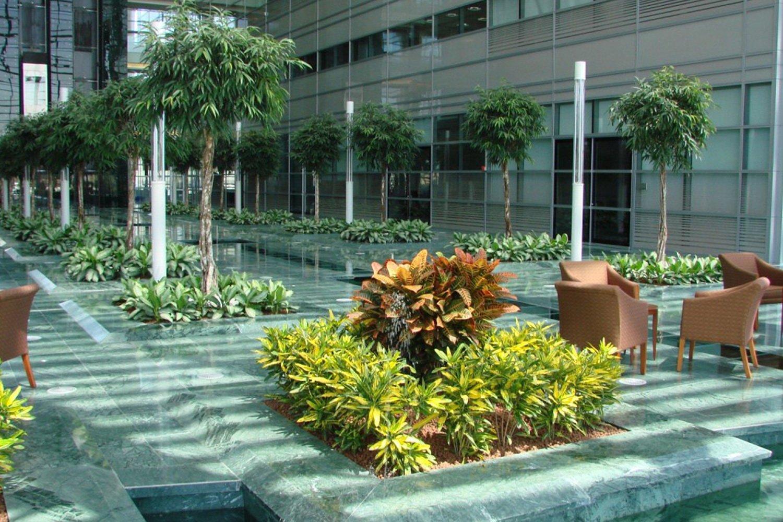 Pavimento sopraelevato in marmo State Audit Bureau Kuwait