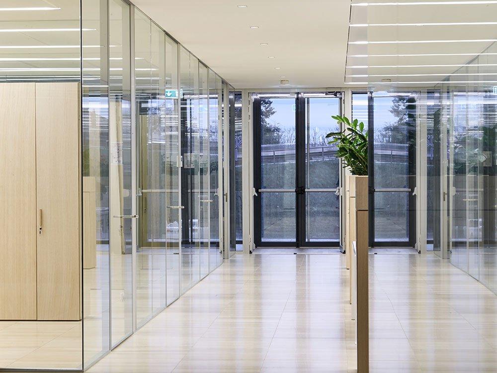 Pareti-divisorie-in-vetro-ristrutturazione-sede-EF-Solare