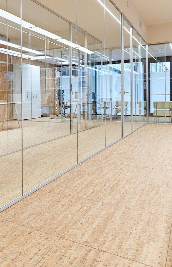 pareti mobili in vetro