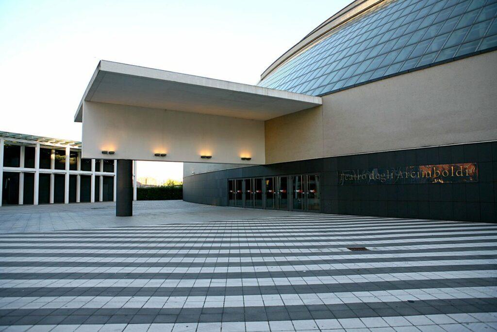 Vietato l'ingresso - Teatro Degli Arcimboldi
